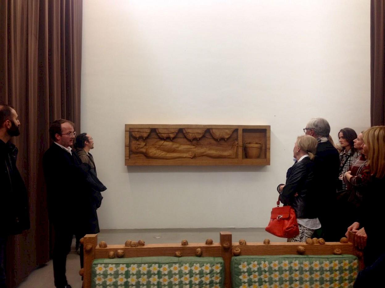 Guided tour with curator Fabian Schöneich: Daniel Dewar & Grégory Gicquel – The Mammal and the Sap, 2017, photo: Städelschule