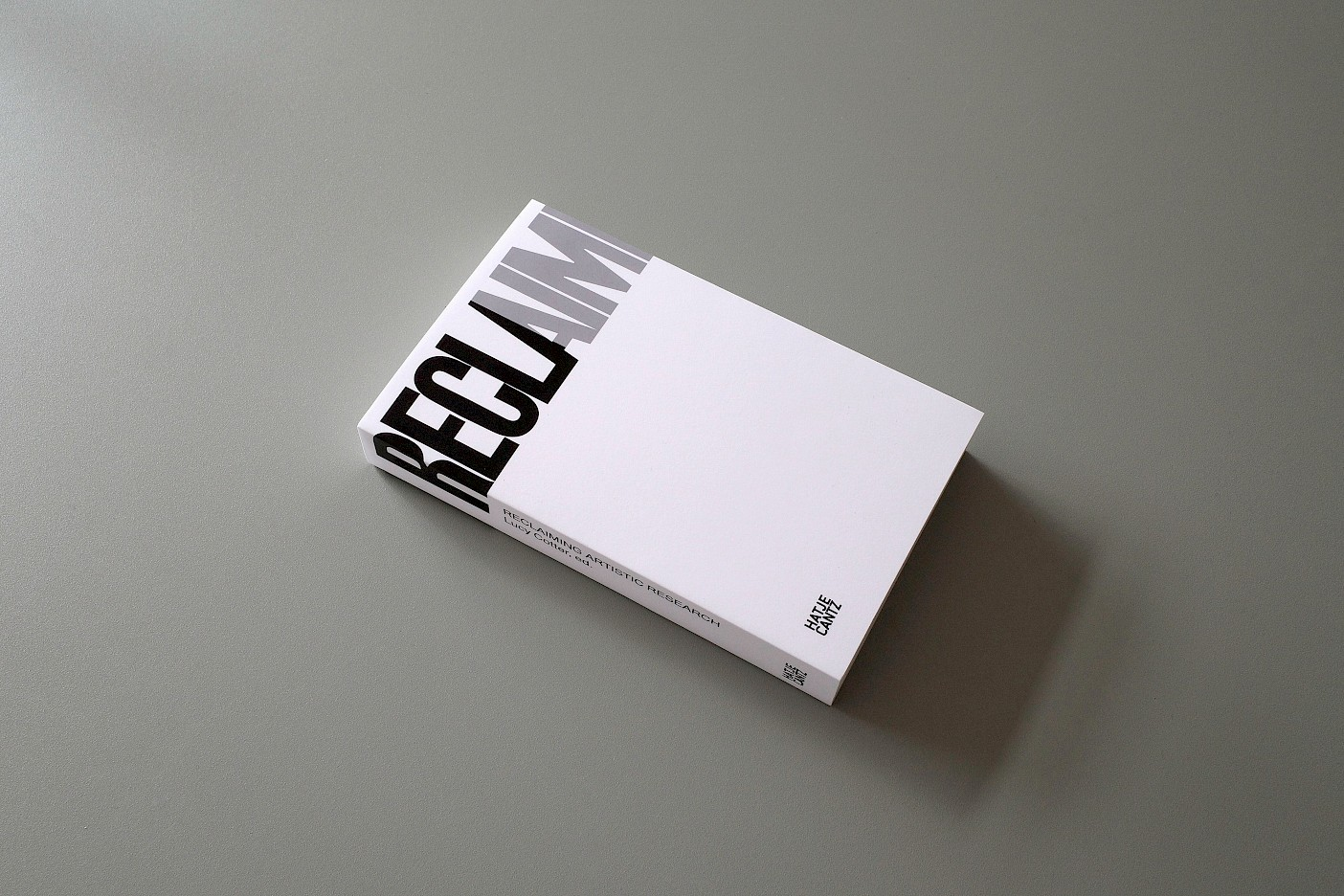 Lucy Cotter, Reclaiming Artistic Research, 2019, book design: Thomáš Celizna