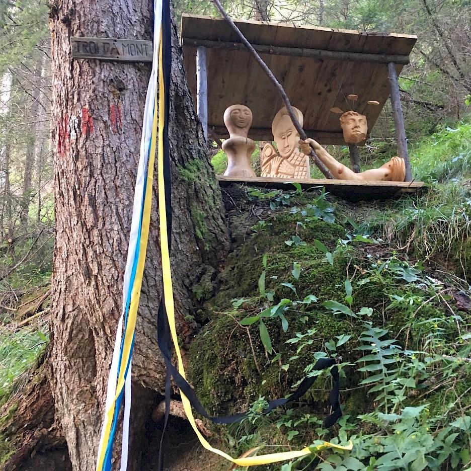 Sculpture Forest Sanctuary (Paweł Althamer, Agnieszka Brzeżańska, Alioune Diouf, Cecilia Edefalk, Paweł Freisler, Antje Majewski, Gregor Prugger), 2020, photo: Antje Majewski, 2020