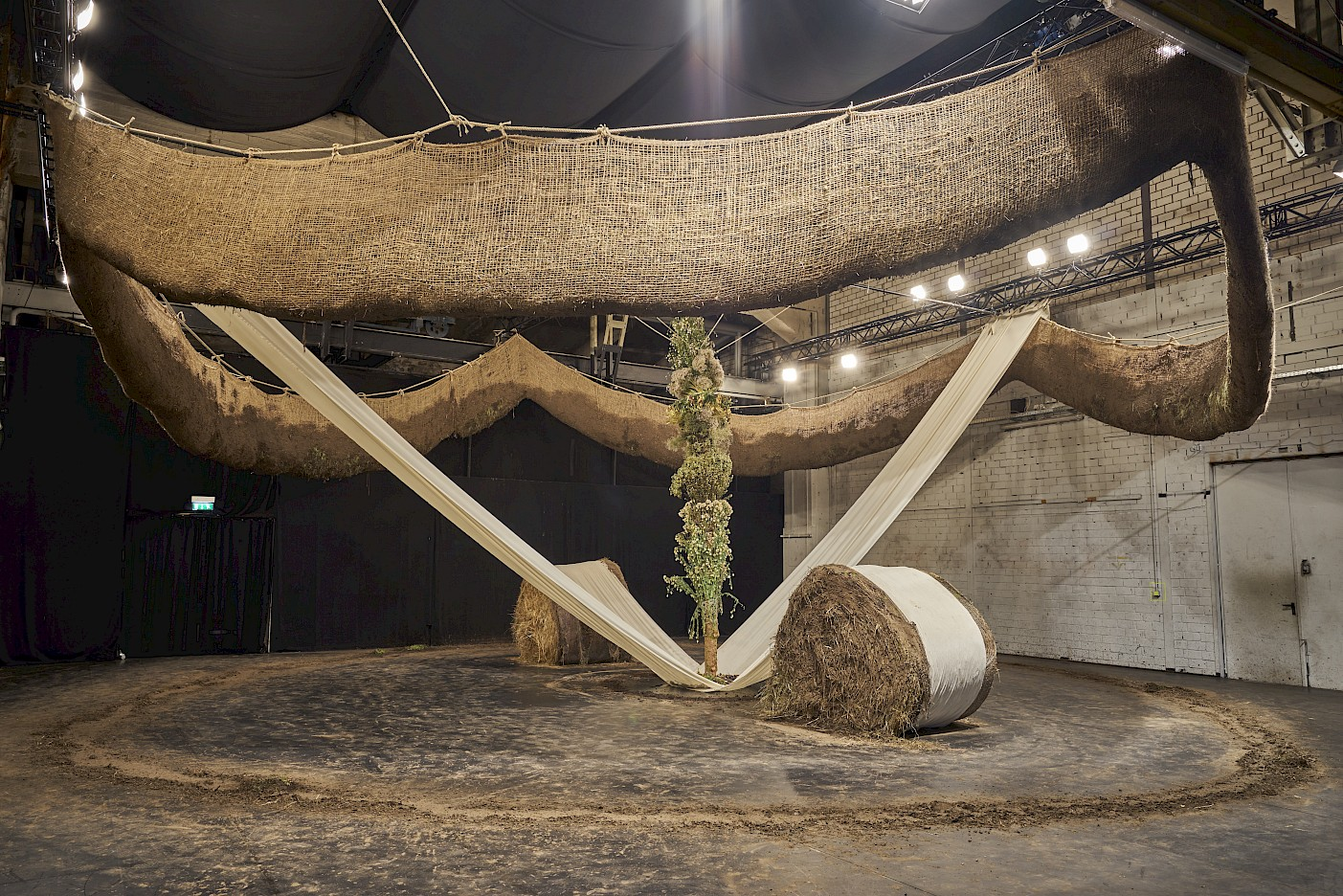 Installation view Podrera, photo: Martin Meiser