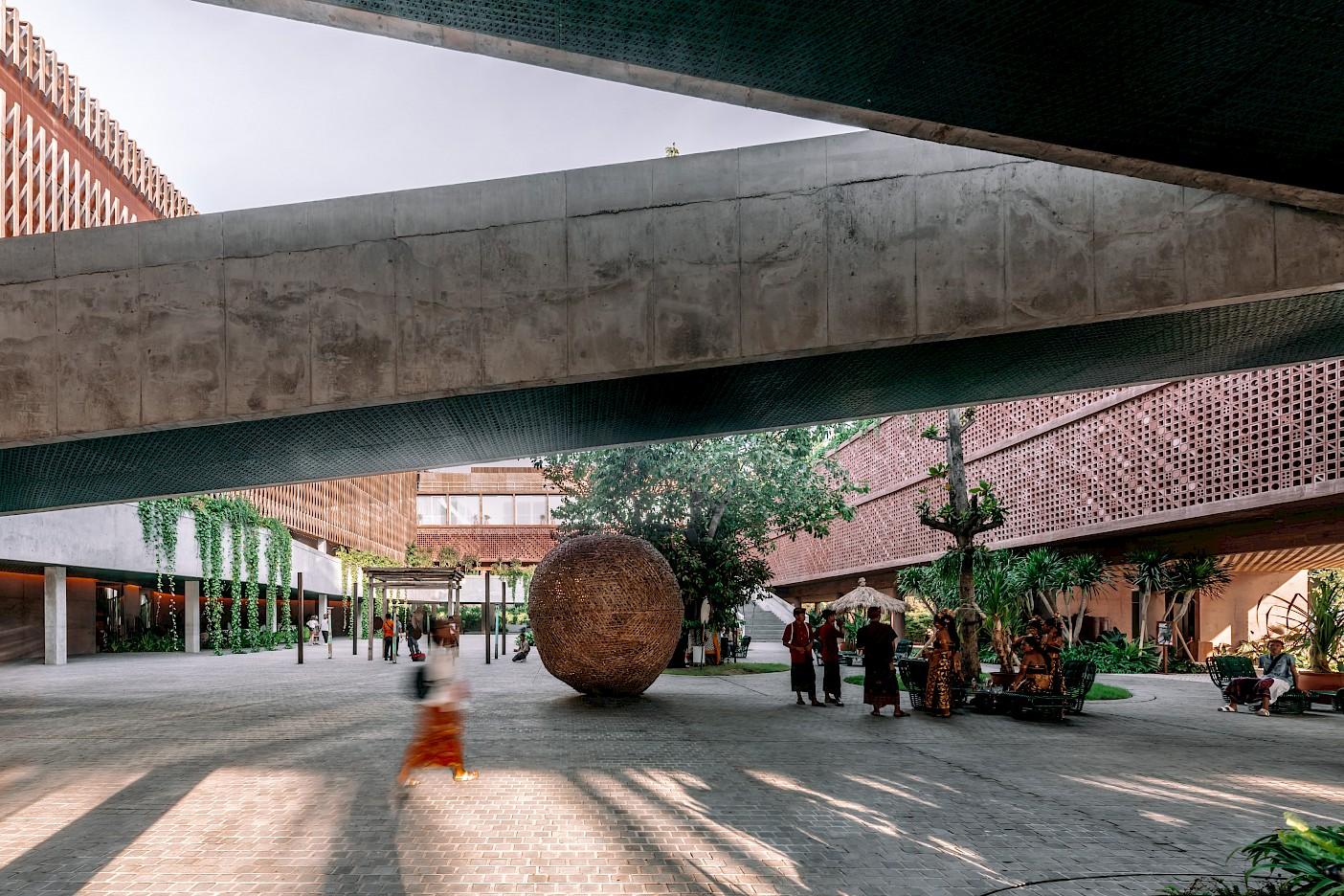 Potato Head Studios (OMA), Bali, 2019 Foto: Kevin Mak, Image courtesy OMA